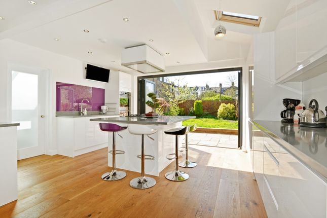 Thumbnail Terraced house to rent in Upland Road, London