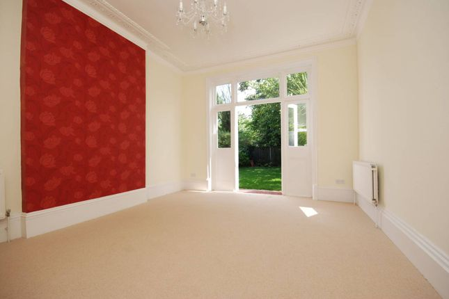 Thumbnail Property to rent in Winterbrook Road, Herne Hill