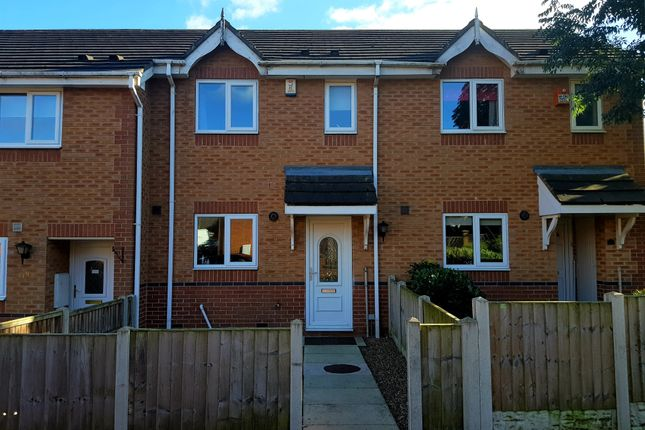 Thumbnail Terraced house to rent in Castle Hill, Wakefield