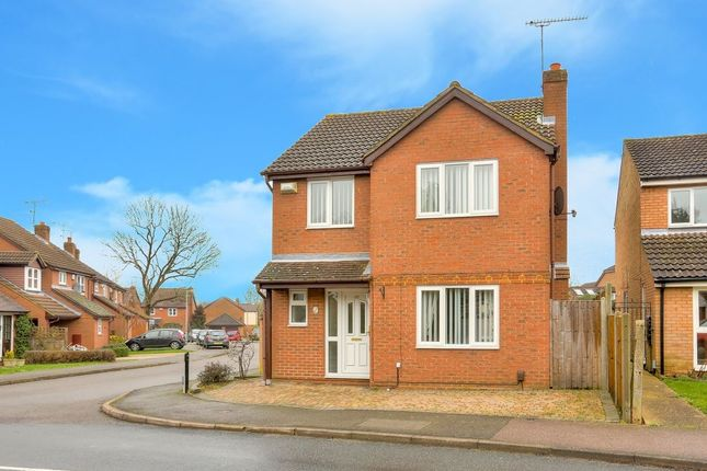 Thumbnail Property to rent in Bewdley Close, Harpenden, Hertfordshire