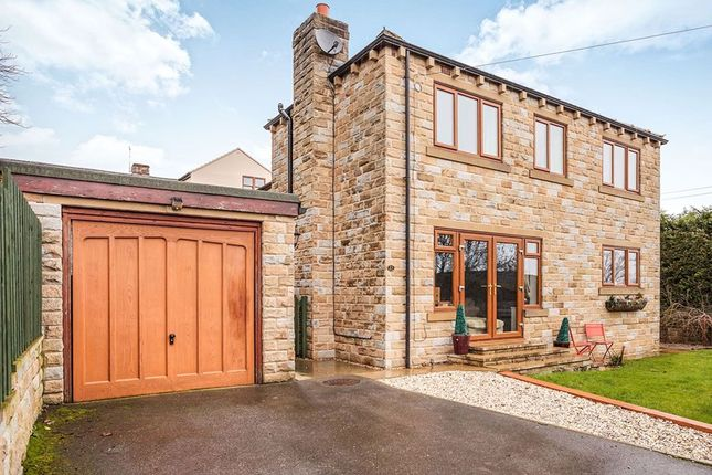 Thumbnail Detached house for sale in Moorside, Cleckheaton