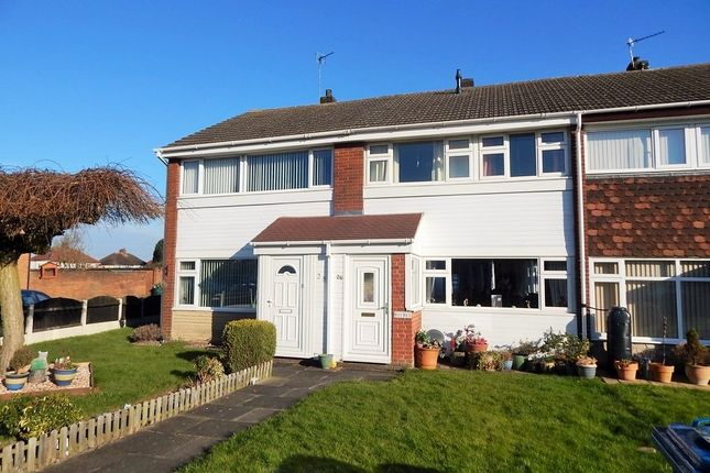 3 bed terraced house to rent in Glenmore Avenue, Burntwood WS7