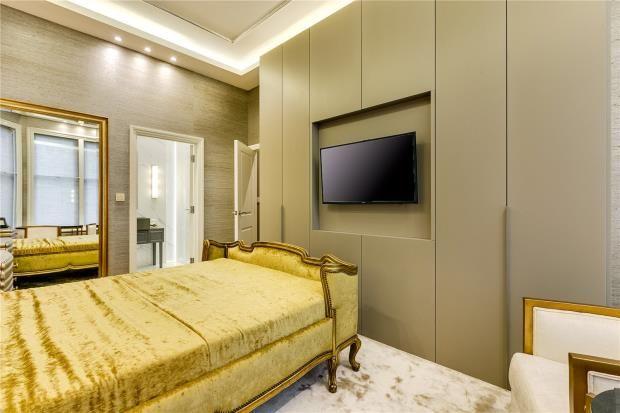 Bedroom of Park Mansions, Knightsbridge, London SW1X