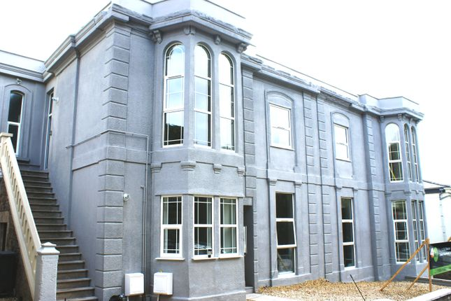 Thumbnail Flat to rent in Madeira Road, Weston Super Mare