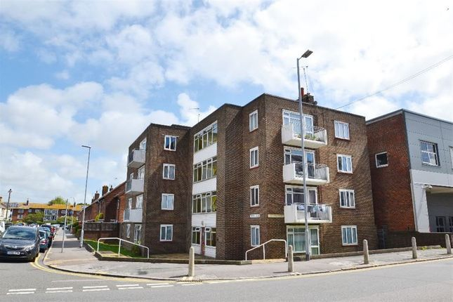 Thumbnail Flat to rent in Tideswell Road, Eastbourne