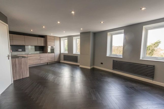 Thumbnail Flat to rent in Priory Court, Berkhamsted