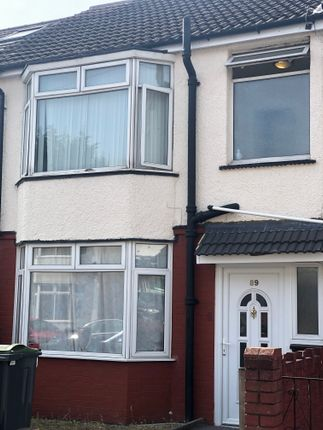 Thumbnail Terraced house to rent in Bradley Road, Luton