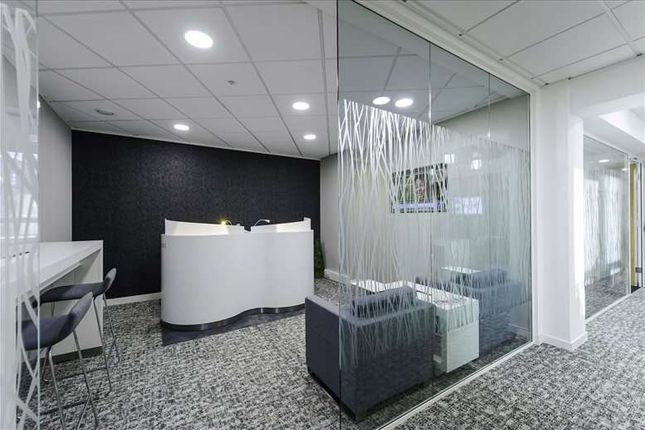Serviced office to let in 1st Floor, Hull