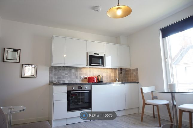 1 bed flat to rent in Exmouth Street, Swindon SN1