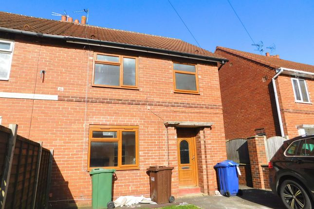 4 bed property to rent in Abbots Road, Selby YO8