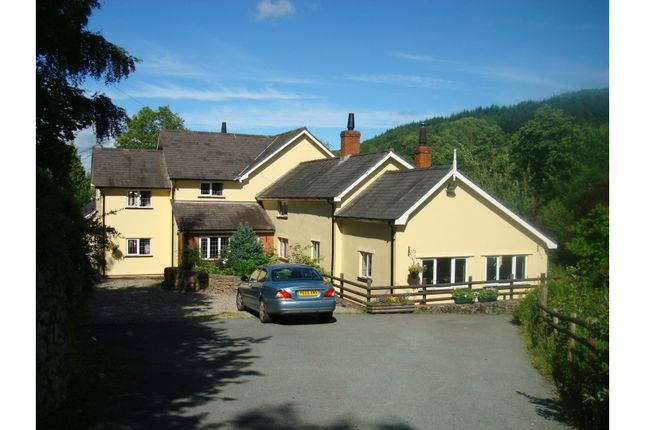 Thumbnail Detached house for sale in Bachie Road, Llanfyllin