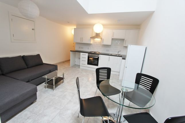 Thumbnail Flat to rent in Broadstone Road, Heaton Chapel, Stockport, Manchester