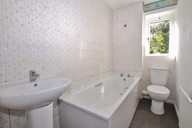 Bathroom of Painswick Close, Deer Park, Witney OX28
