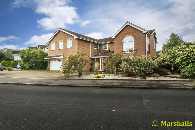 Thumbnail Terraced house for sale in Wentworth Way, Milton Keynes