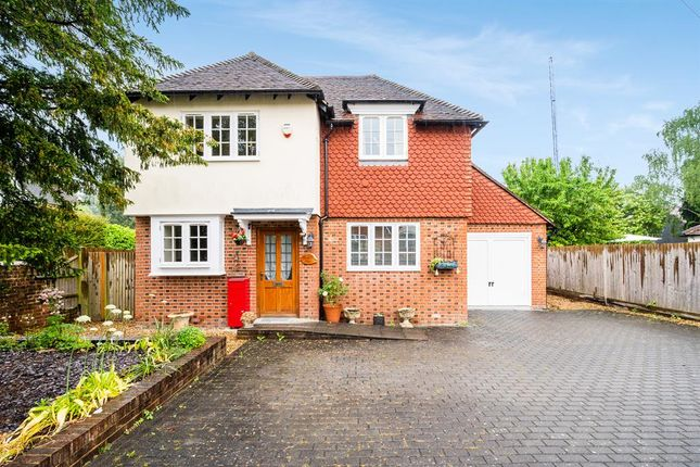 Thumbnail Detached house for sale in Knightlea Cottage, Quality Street, Merstham