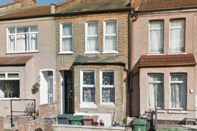 Thumbnail Flat for sale in Spencer Road, Walthamstow, London