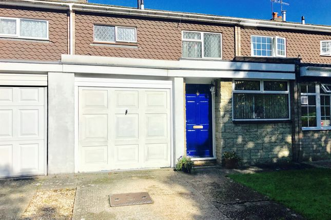 Thumbnail Terraced house for sale in Ilex Court, Warwick
