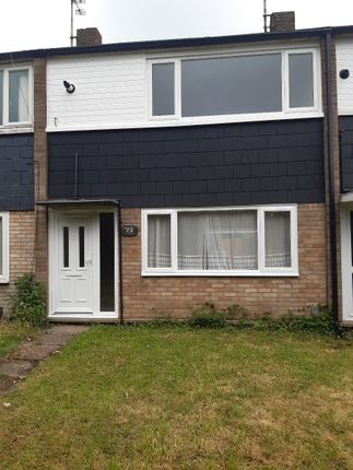 2 bed terraced house to rent in Plumberow, Laindon, Basildon SS15