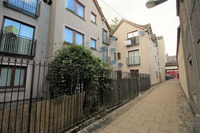 Thumbnail Flat to rent in Cow Vennel, Perth