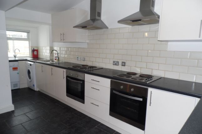 8 bed terraced house to rent in Harriet Street, Cathays, Cardiff