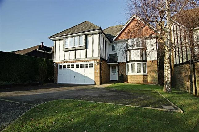Thumbnail Detached house for sale in Tylers Close, Kings Langley