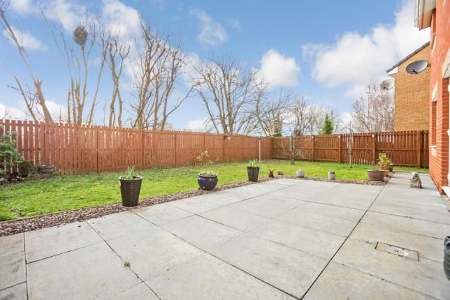 Garden of Berryhill Crescent, Wishaw, North Lanarkshire ML2