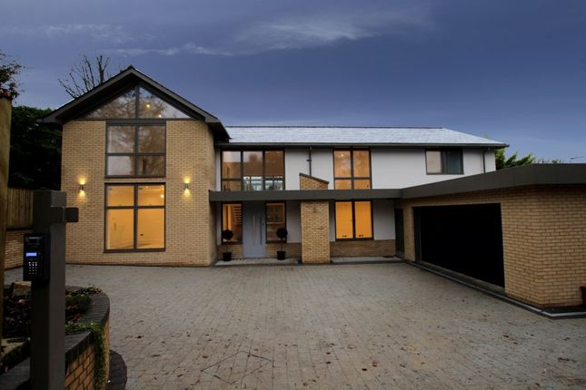 Thumbnail Detached house for sale in Riverview Road, Pangbourne
