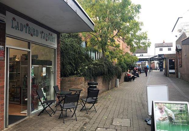 Thumbnail Retail premises to let in Unit 6, Daniel Owen Shopping Centre, Mold