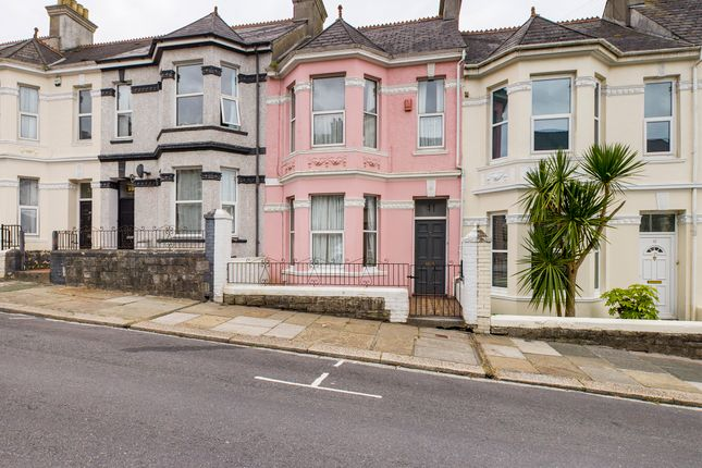 Room to rent in Derry Avenue, Plymouth