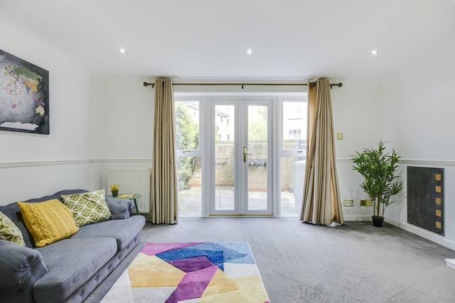 Thumbnail Town house to rent in Island Row, London