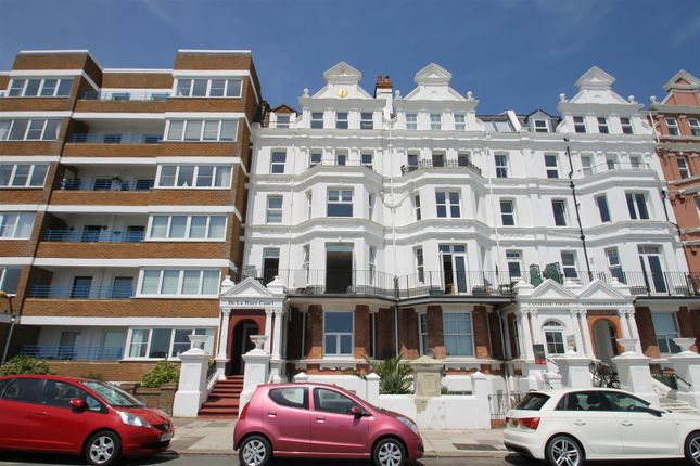 Thumbnail Flat for sale in De La Warr Court, De La Warr Parade, Bexhill-On-Sea