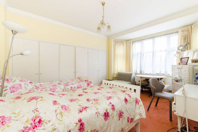 Thumbnail Flat for sale in Putney Hill, Putney