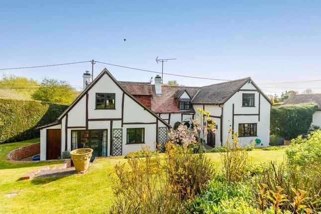 Thumbnail Cottage for sale in Lambourn Road, Weston, Newbury