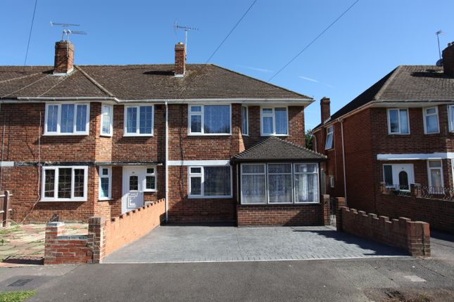 Thumbnail Semi-detached house to rent in Grimsbury Square, Banbury