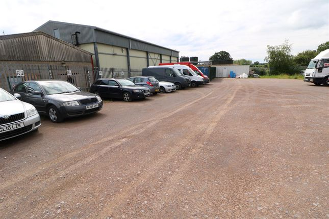 Commercial property to let in Onslow Road, Newent
