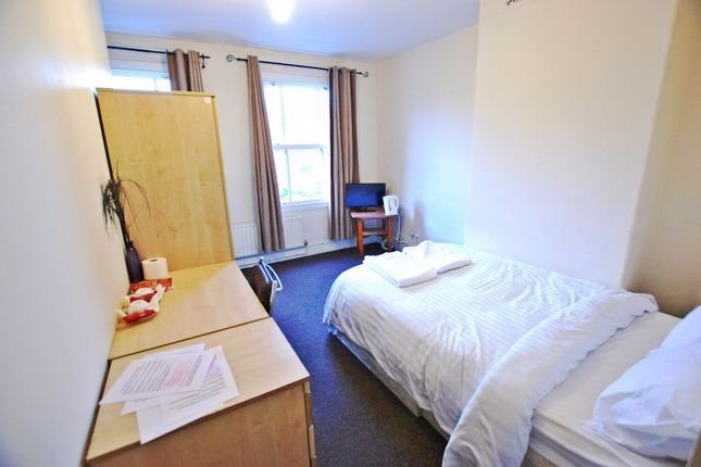 Thumbnail Flat to rent in Fulwood Road, Sheffield, South Yorkshire