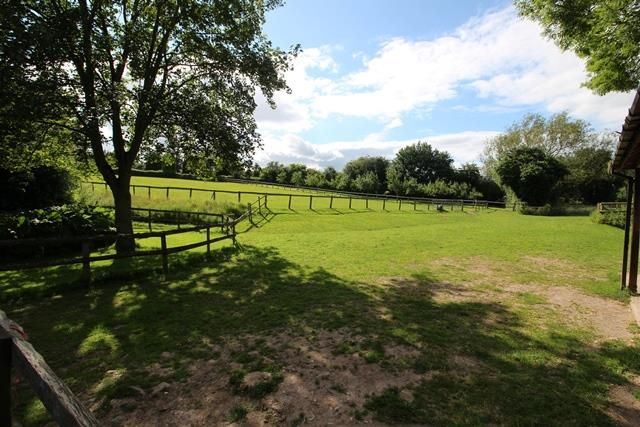Thumbnail Land for sale in Edge Of Holmer, Hereford