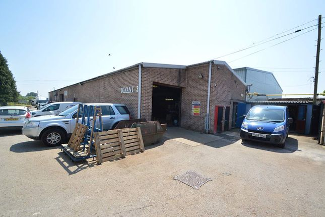 Thumbnail Warehouse to let in Unit 3 New Close, Wimborne