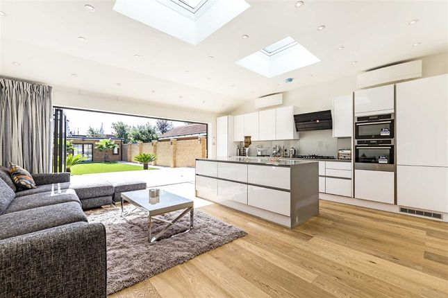 Thumbnail Semi-detached house to rent in Bowes Road, London