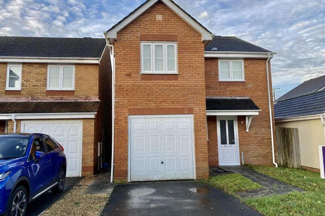 3 bed detached house for sale in Bryn Dreinog, Capel Hendre, Ammanford SA18