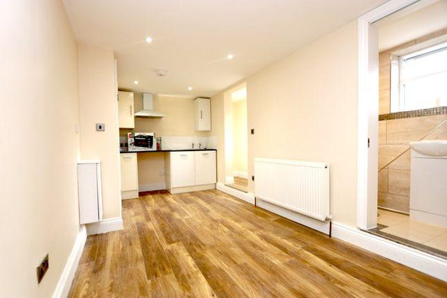 Studio to rent in Nash Road, London SE4