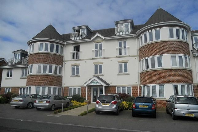 Thumbnail Flat for sale in Collingwood Road, Clacton-On-Sea