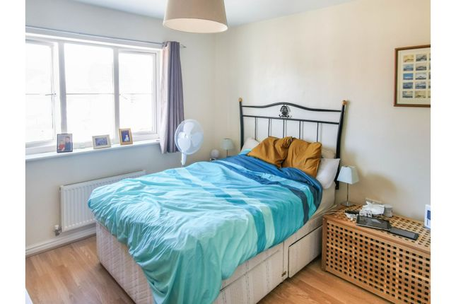 Bedroom One of Yeomans Parade, Nottingham NG4