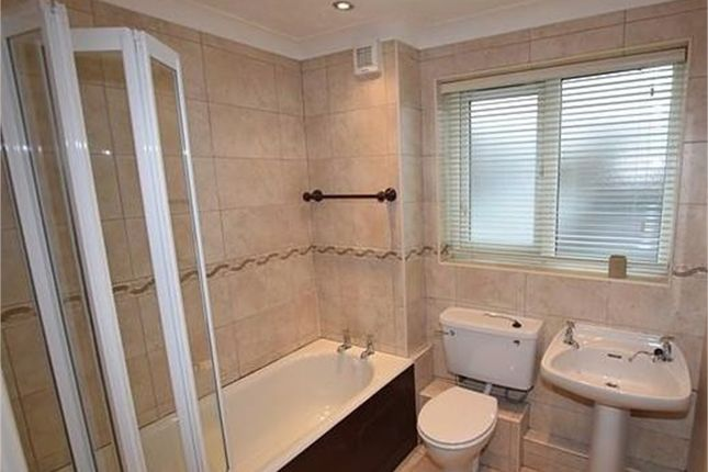 2 bed flat to rent in Mains Court, Framwellgate Moor, Durham DH1