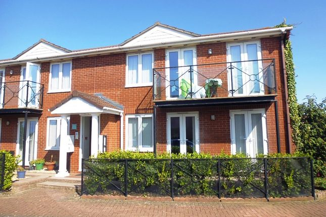 Thumbnail Flat to rent in Beach Road, Weston Super Mare