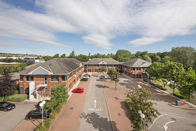 Thumbnail Office to let in Fifth Avenue Plaza, Team Valley Trading Estate, Gateshead, Tyne & Wear