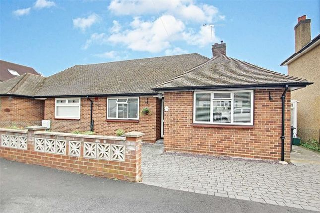 Thumbnail Bungalow for sale in Meadowbank, Alexandra Road, Kings Langley