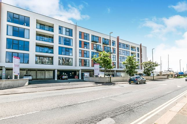 Thumbnail 1 bed flat for sale in Brighton Road, Shoreham-By-Sea