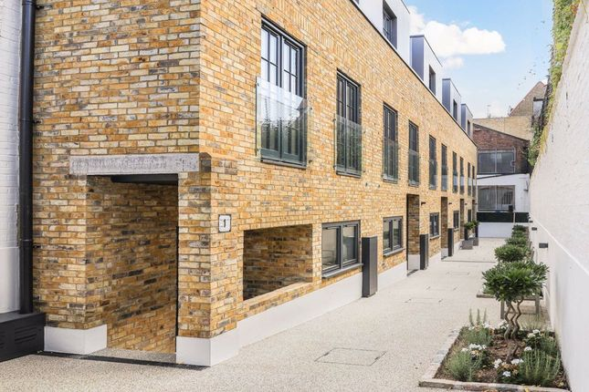 Thumbnail Terraced house for sale in Derwent, Derby Road, London