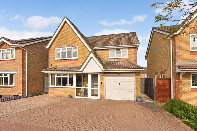 4 bed detached house for sale in Palmer Drive, Andover SP10